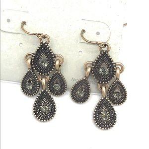 Maurice's earrings (b23)